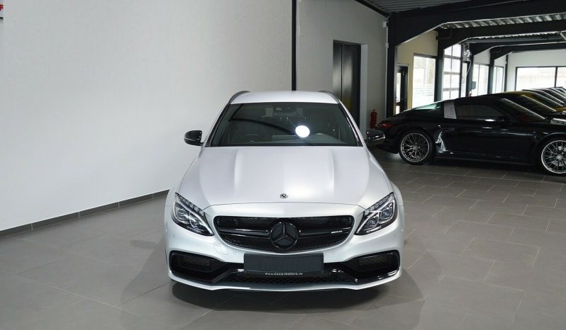 Mercedes Benz C63 S AMG full